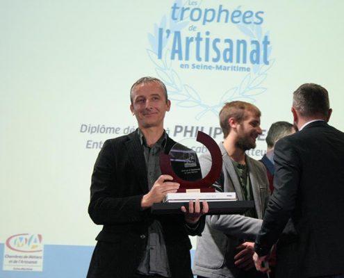"""Remise du trophée de l'artisanat 76 catégorie """"jeune entreprise"""""""