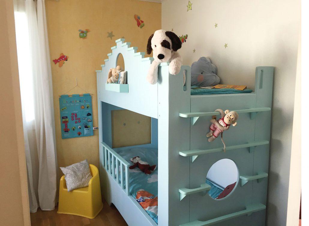 abra ma cabane lit cabane en bois sur mesure pour enfant. Black Bedroom Furniture Sets. Home Design Ideas
