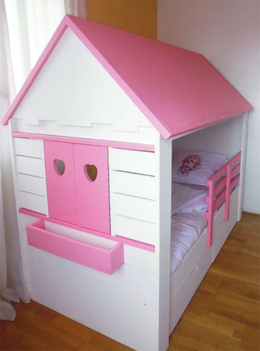 Lit cabane pour petite fille