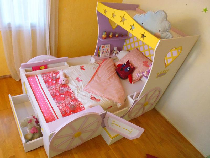 lit fille carrosse abra ma cabane. Black Bedroom Furniture Sets. Home Design Ideas