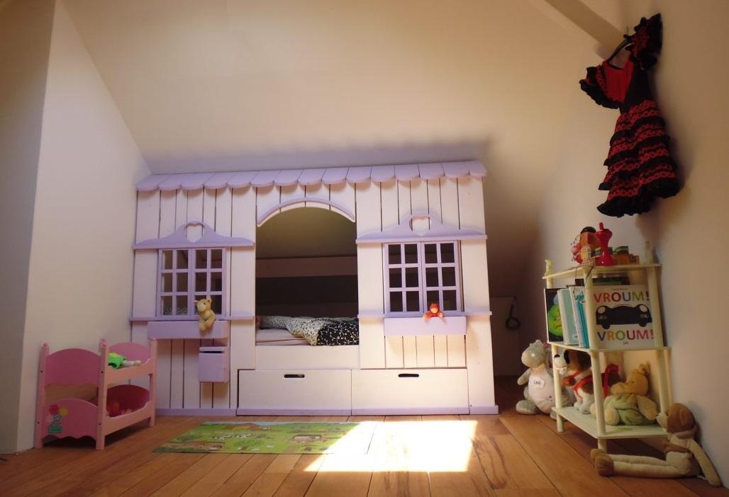 Lit cabane mini house pour fille et gar on abramacabane - Lit maison fille ...