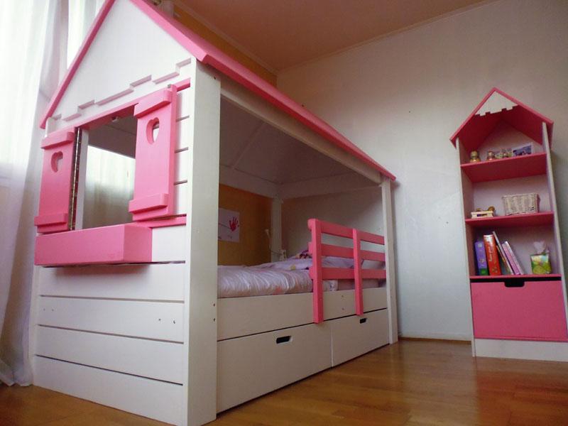 lit cabane avec bibliothque - Lit Fille