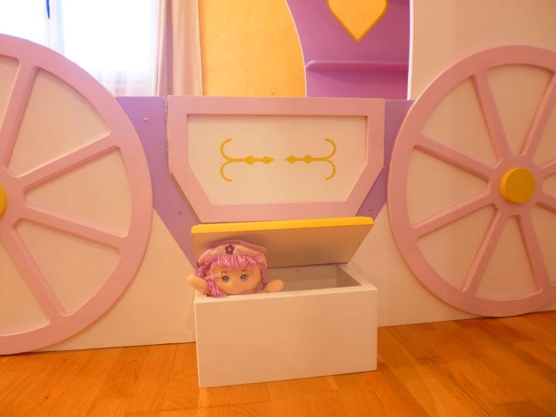 lit fille carrosse lit cabane en bois pour enfant abra. Black Bedroom Furniture Sets. Home Design Ideas